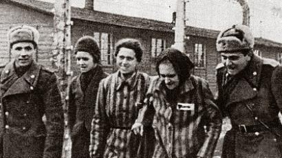 27-soldiers-1945-prisoners.n